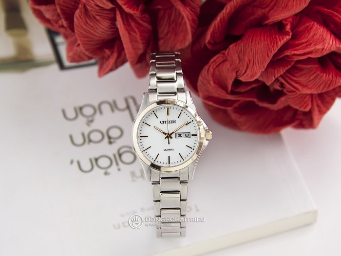 Thiết kế nhỏ gọn thanh mảnh và tinh tế từ đồng hồ Citizen EQ0596-87A - ảnh 1