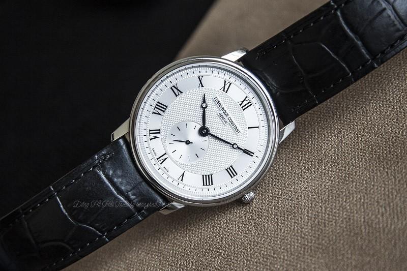 Đồng hồ Frederique Constant FC-235M4S6: Kính Sapphire bền bỉ-2