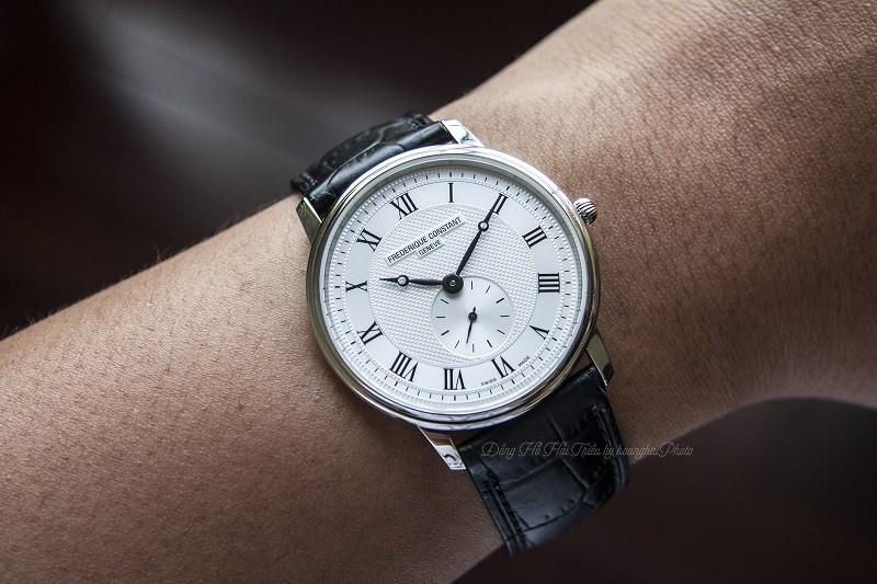 Đồng hồ Frederique Constant FC-235M4S6: Kính Sapphire bền bỉ-5