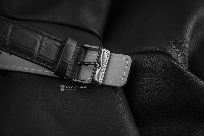 Review đồng hồ Orient FEM7R004B9: Kiểu dáng thể thao mạnh mẽ-3