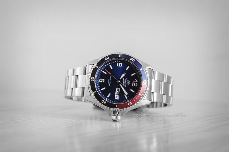 Review đồng hồ Orient FAA02009D9: Kháng nước 20ATM ấn tượng-5