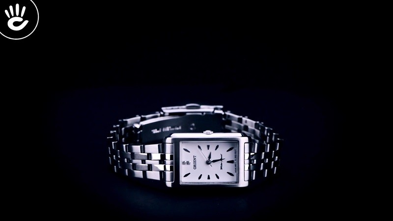 Review đồng hồ Orient FUBUG003W0: Trắng bạc cho nàng công sở-1