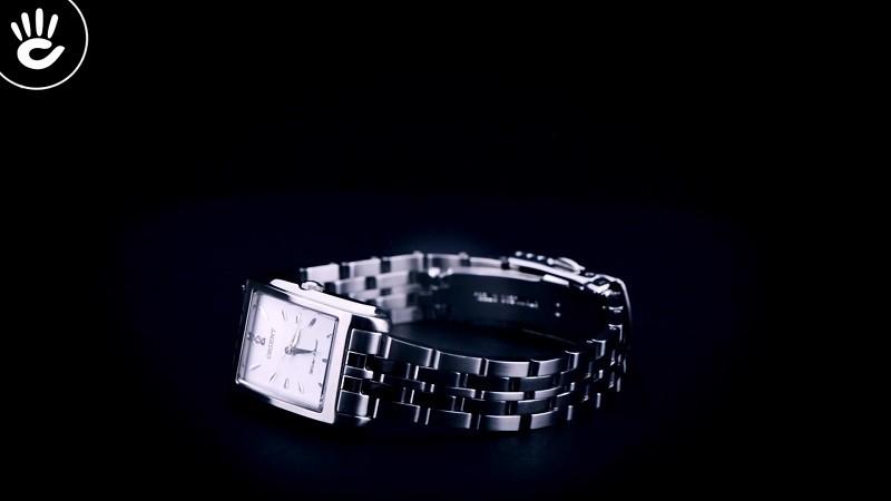 Review đồng hồ Orient FUBUG003W0: Trắng bạc cho nàng công sở-3
