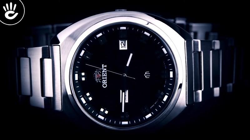 Review đồng hồ Orient FUG1U003B9: Khối kim loại sang trọng-4