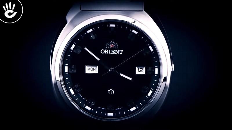 Review đồng hồ Orient FUG1U003B9: Khối kim loại sang trọng-5