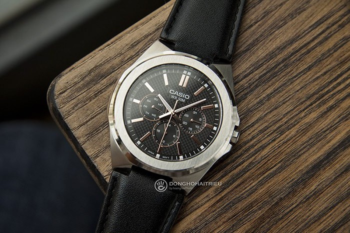 Thiết kế vỏ đồng hồ Casio MTP-SW330L-1AV nam tính, lịch lãm