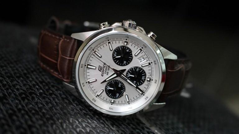 Đồng hồ casio edifice dây da EFR-527L-7AVUDF thiết kế đơn giản nhưng rất nam tính, sang trọng