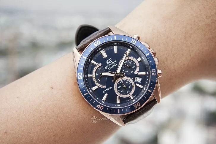 Đồng hồ casio edifice dây da EFR-552GL-2AVUDF tạo cảm giác chín chắn cho người mang