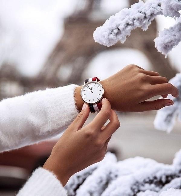 Trước khi mua đồng hồ DW xách tay cần tìm hiểu kỹ thông tin