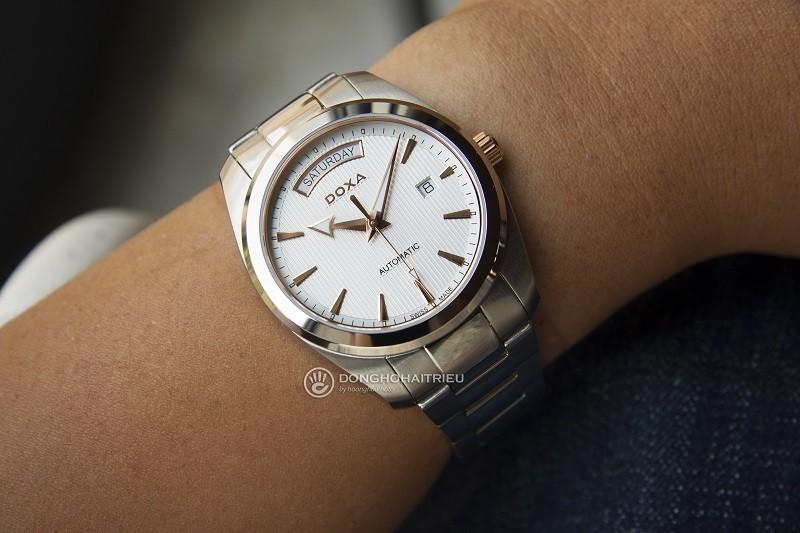 Đồng hồ Doxa D205RWH Automatic, trữ cót lên đến hơn 40 giờ-ảnh 2