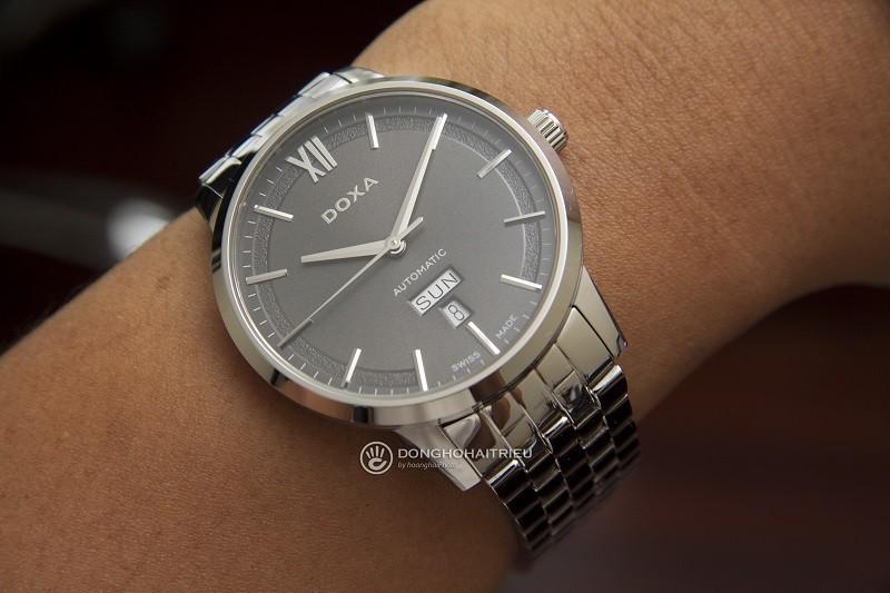 Đồng hồ Doxa D206SGY Automatic, trữ cót đến hơn 40 giờ-ảnh 2