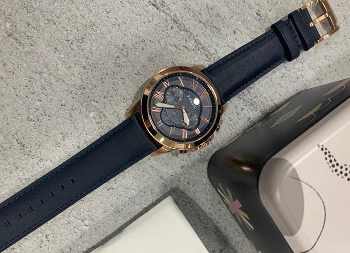 Ngỡ ngàng trước vẻ đẹp lịch lãm của đồng hồ Fossil FS4835IE - Ảnh 3