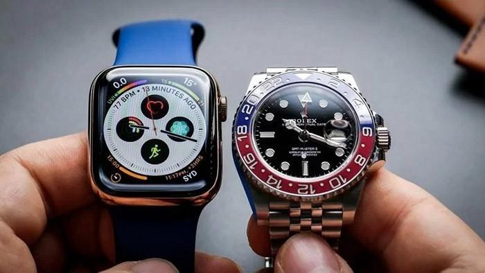 Nên mua đồng hồ thông minh hay đồng hồ truyền thống