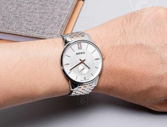 Review đồng hồ Doxa D155RSV thiết kế không đồng trục - Ảnh 4