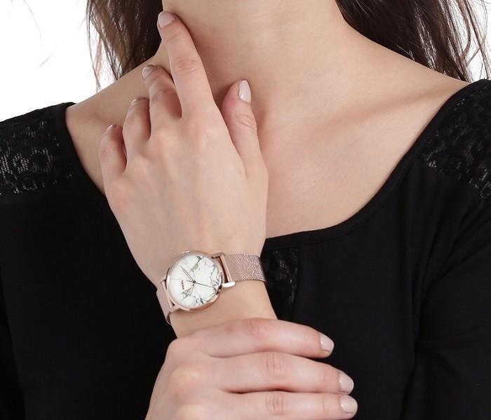 Thiết kế Marble đầy hiện đại với đồng hồ Fossil ES4404 - Ảnh 4