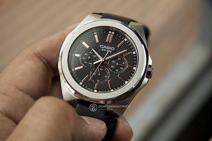 Thiết kế mặt số đồng hồ Casio MTP-SW330L-1AV vô cùng ấn tượng