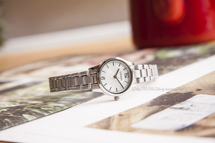 Đồng hồ Citizen EJ6081-54A: Phong cách tối giản, giá rẻ - ảnh 2