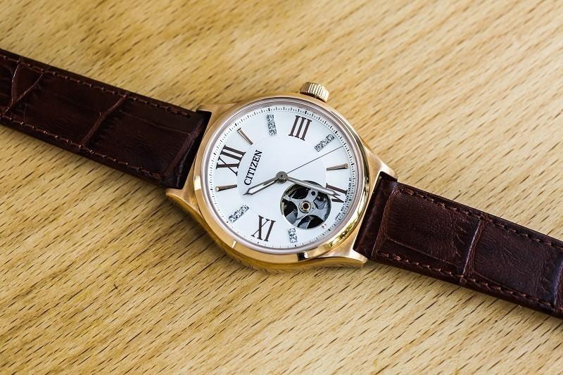Đồng hồ Citizen PC1003-07A: Thiết kế Open Heart, đính đá-1
