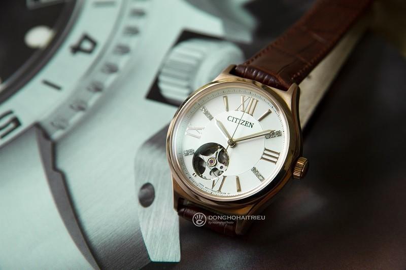 Đồng hồ Citizen PC1003-07A: Thiết kế Open Heart, đính đá-2