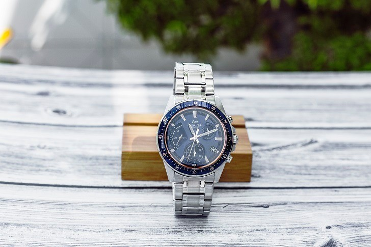 Đồng hồ casio movt japan EFV-540D-2AVUDF nam tính, lịch lãm