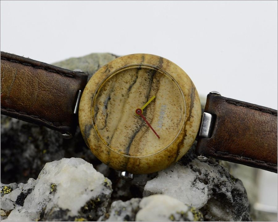 Đồng hồ Tissot dưới 2 triệu có phải là đồng hồ Tissot cũ