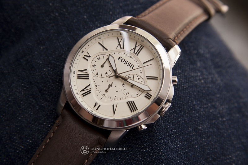 Review đồng hồ Fossil FS4735IE: Sở hữu Chronograph tiện dụng-5