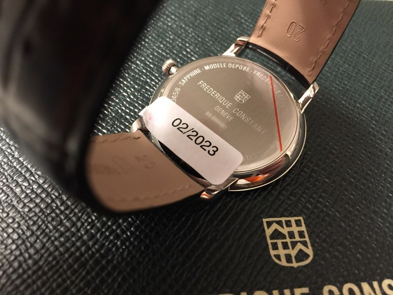 Đồng hồ Frederique Constant FC-200G5S36: Cọc số mỏng tinh tế-4